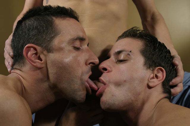 Group gay sex photos